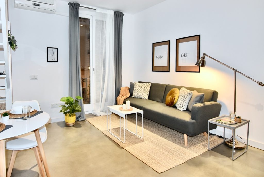 Delaguard_Home_Staging_Barcelona_Chile_alquilar_rapido